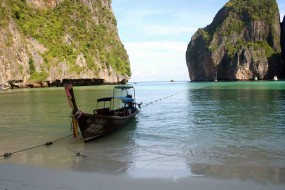 By speedboat to the jewels of the Andaman Sea: Koh Phi Phi