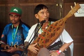 Lan E Tuyang, Orang Ulu music from Borneo