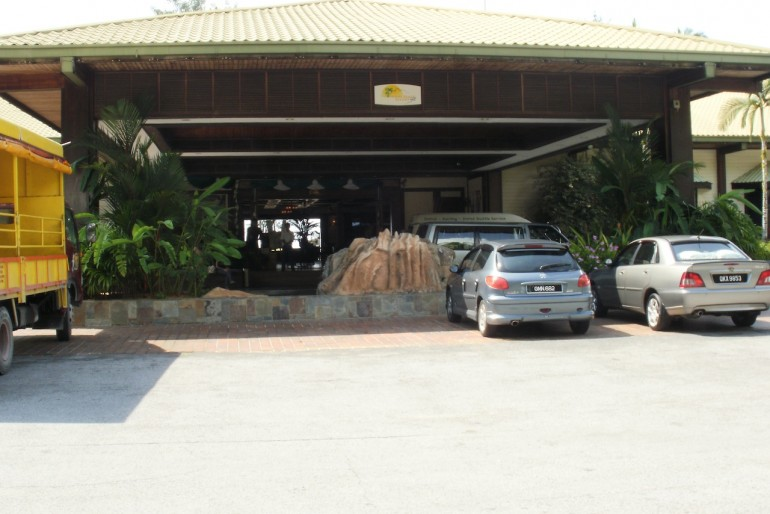 Damai Beach Resort entrance