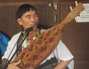 Lan E Tuyang and his Sape