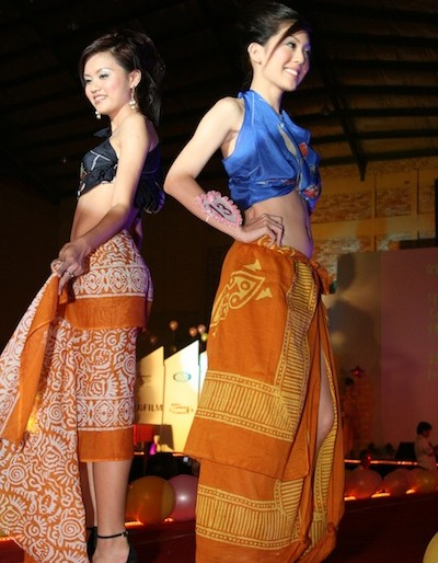 batik sarongs