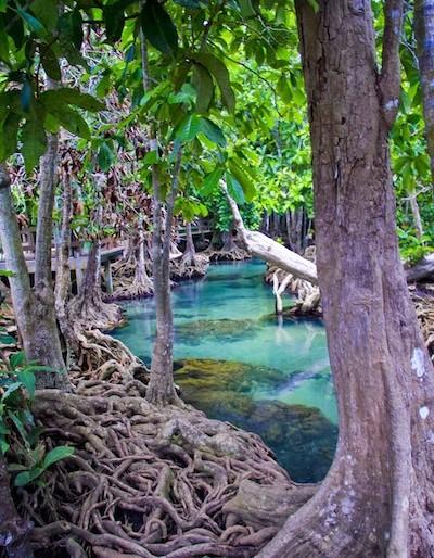 Tha Pom amazing azure waters