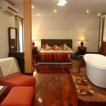 Avalon Hotel room