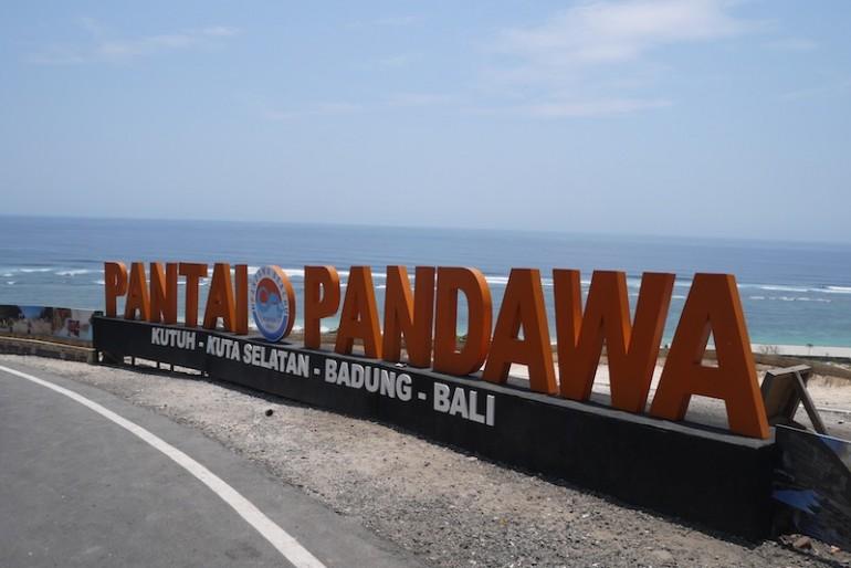 Pantai Pandawa entrance