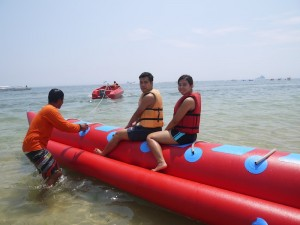 Teaming on the banana boat