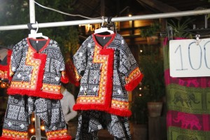 Traditional tribe dresses for sale in Walai Road