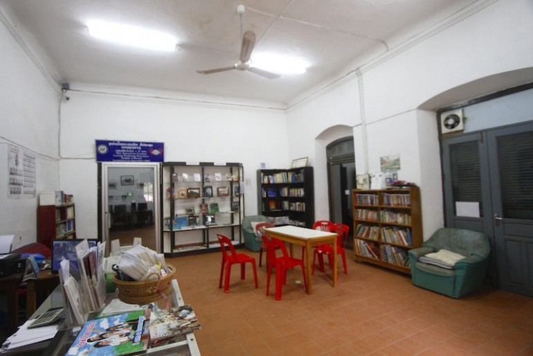 Community Learning International library Luang Prabang