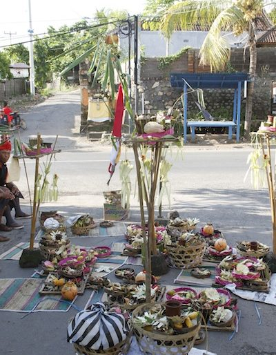 Offerings at the roadside