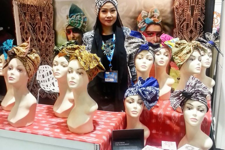 Neng Koh Razali and her head turbans