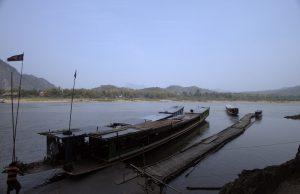 Boats dropping passengers at Pak Ou caves