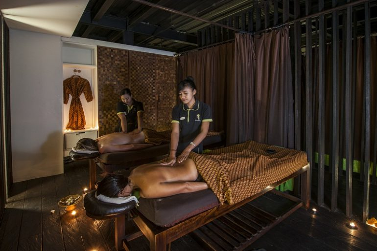 Treatment at Rehat Massage & Reflexology