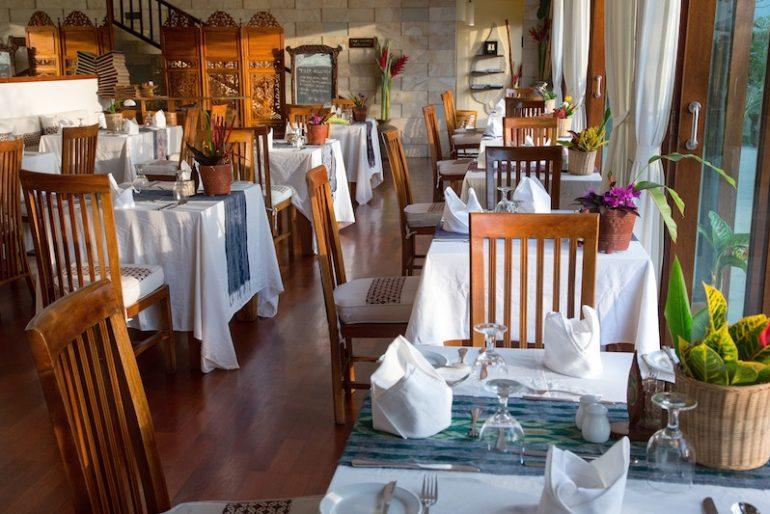 Restaurant at teatime