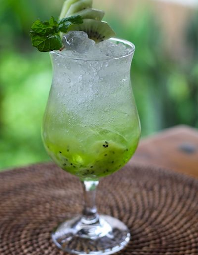 Kiwi apple soda mocktail