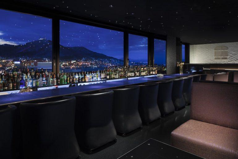 Night view Bar EsteLado