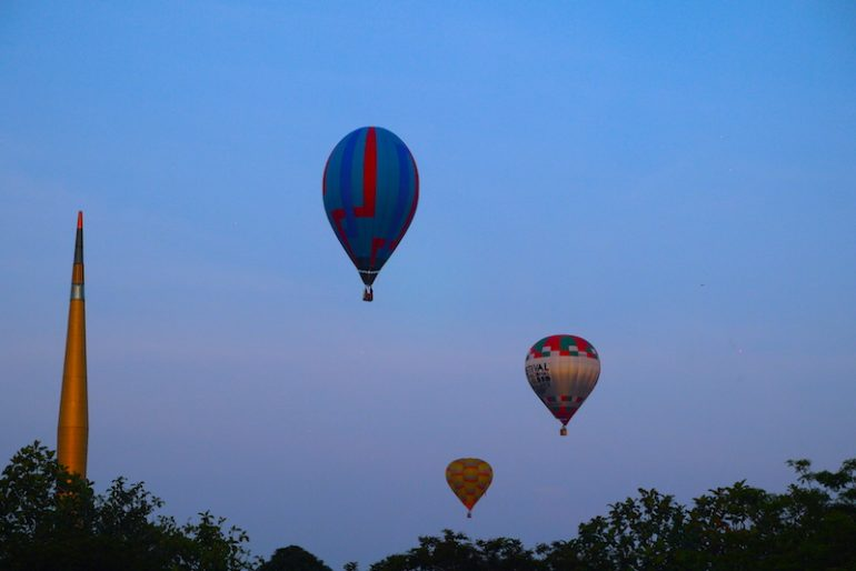 The hot air balloons flying