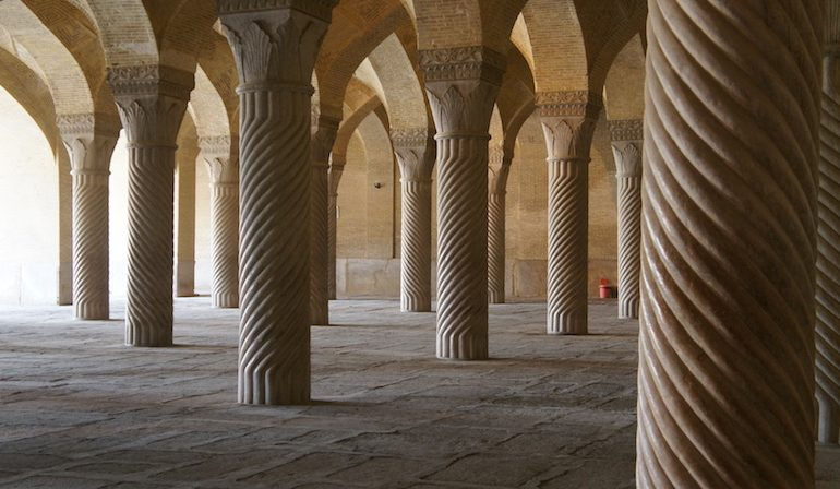 the magneficent columns of the Vakil Mosque