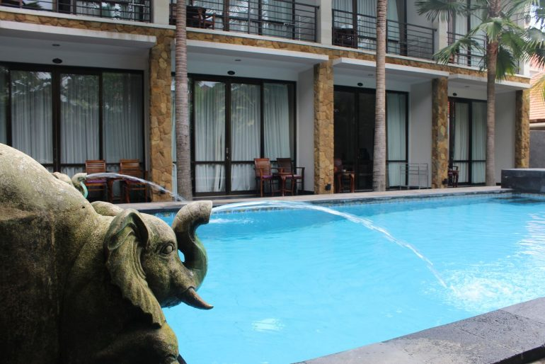 Rooms on ground floor access the pool