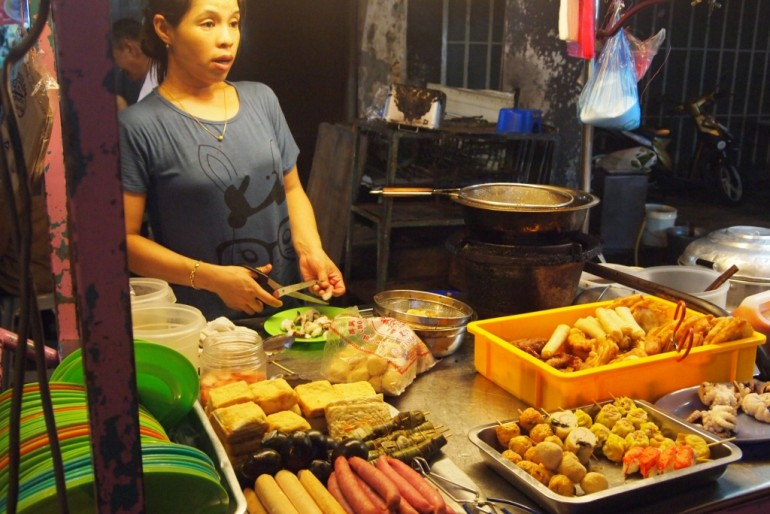Street food stall at Penang's Chulia Street