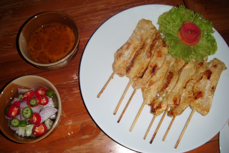 chicket satay at the pub