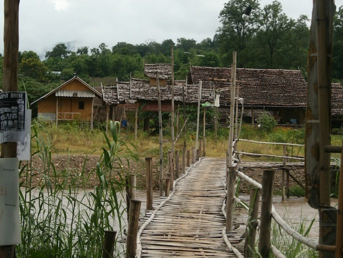 bamboo bridge at Pai river