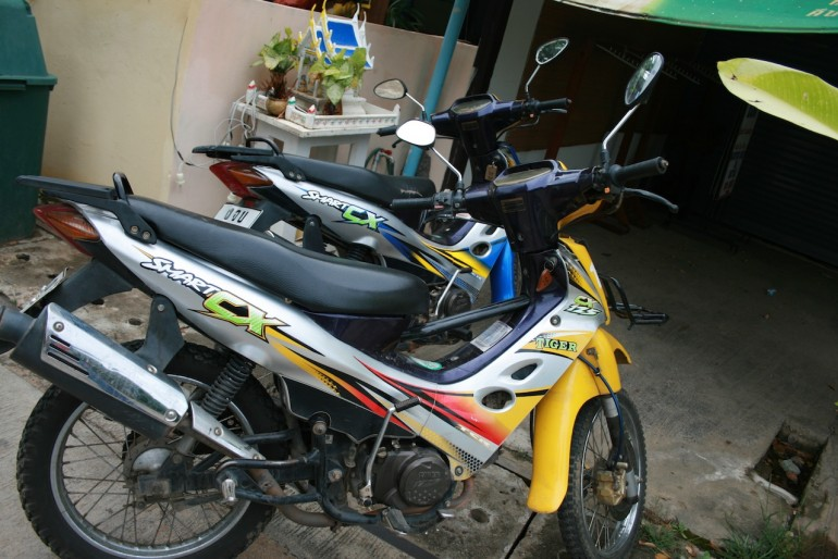 bikes for rent in Pai