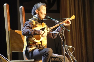 Epi and the secret behind Mongolian throat singing