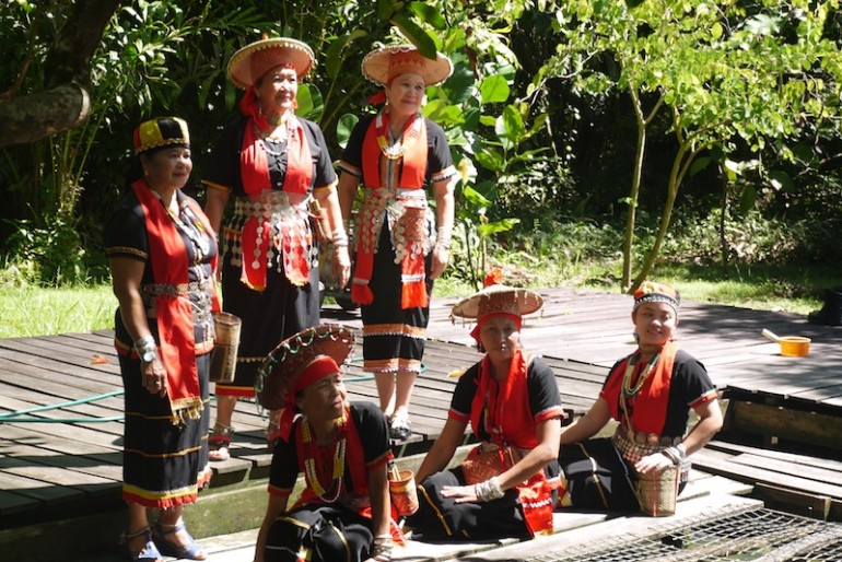The Bidayuh ladies promoting Panchor Hotsprings