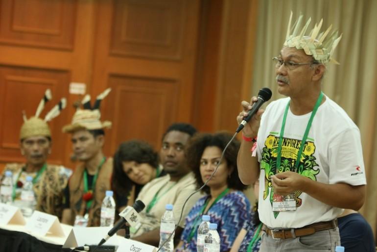 Mr. Rashid Esa at the press conference