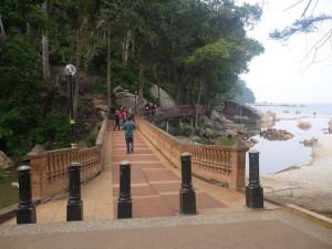 Teluk Cempedak pedestrian walk