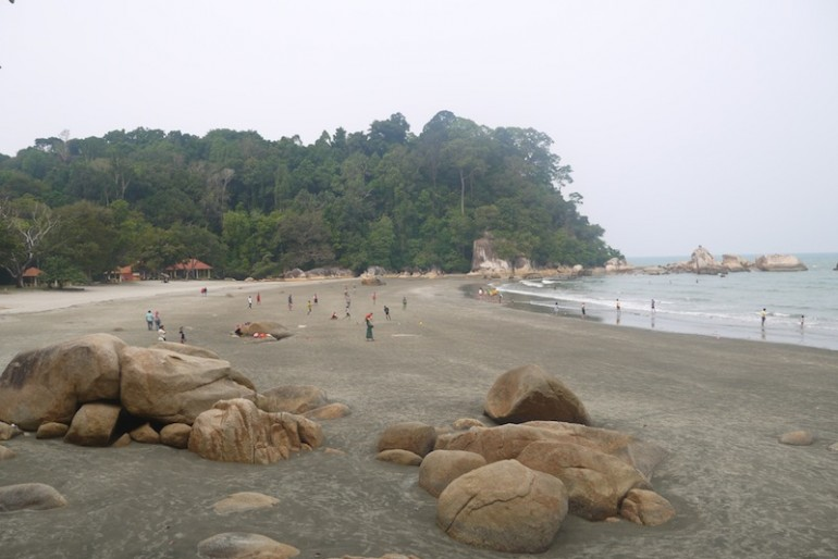 Teluk Cempeedak beach
