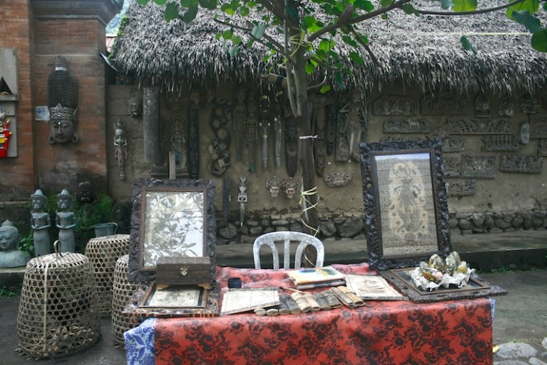 Stall and house at Tenganan