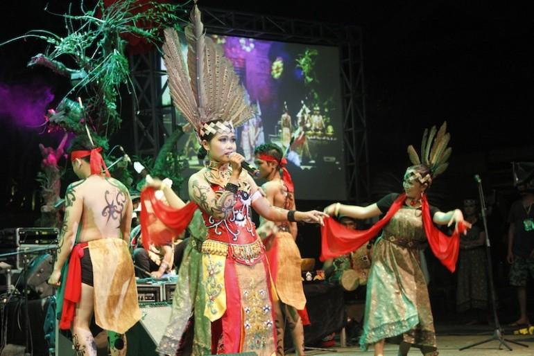 Spirit of the Hornbill dancers