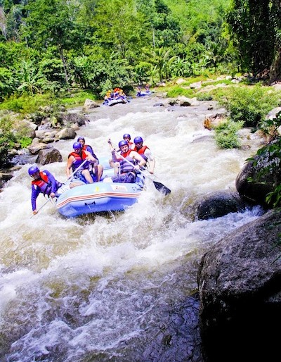 Rafting in Phang Nga at the rapids