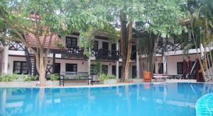 Vientiane Garden Hotel spacious pool