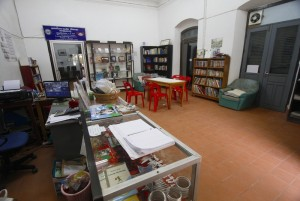 Community Learning International library Luang Prabang