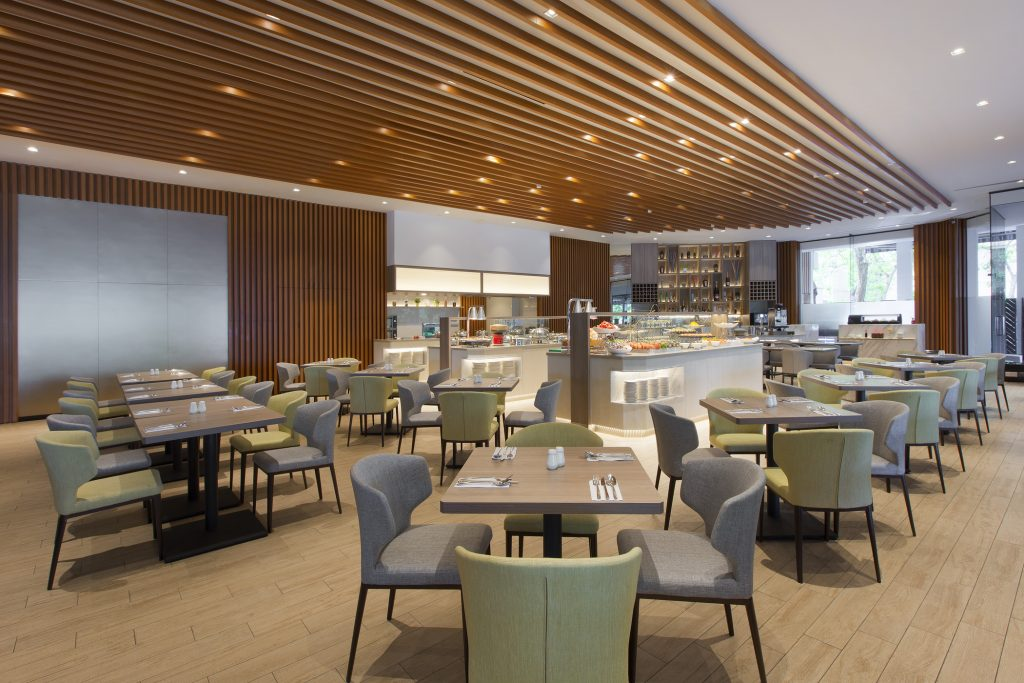 the eatery at Four Points by Sheraton Singapore