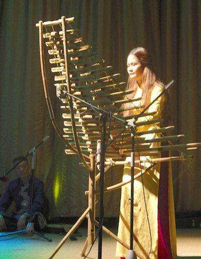 Lan Dieu Viet playing the moon flute