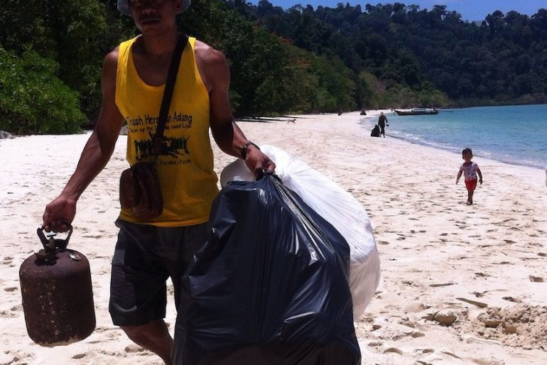 Koh Lipe clean up operation