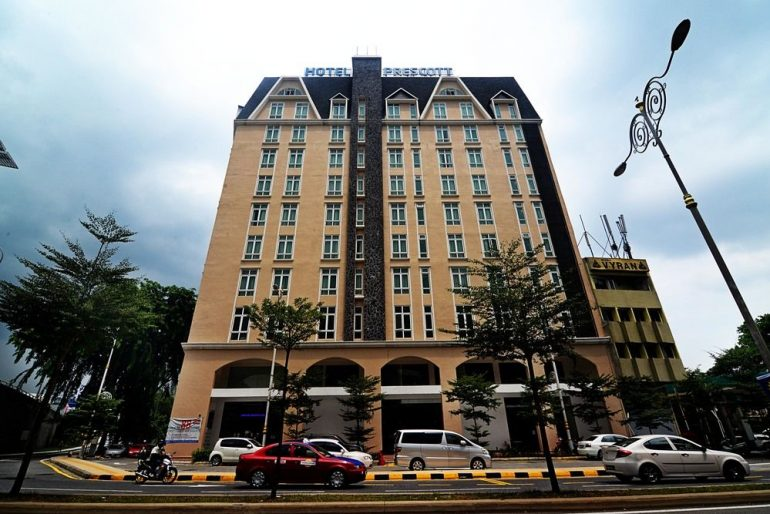 Prescott Hotel exterior