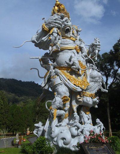 Statue of Kumbakarna Laga