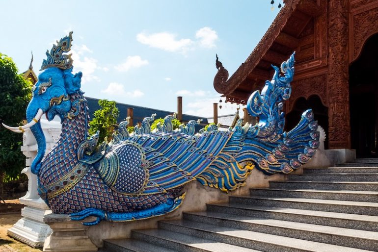 10 Wat Samphran Dragon Temple, Thailand