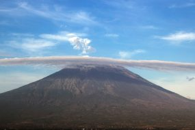 Bali volcano Mount Agung could erupt any moment
