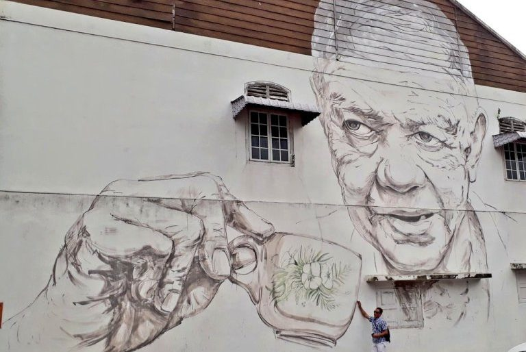 Ernest Zacharevic -Old Uncle with Coffee Cup