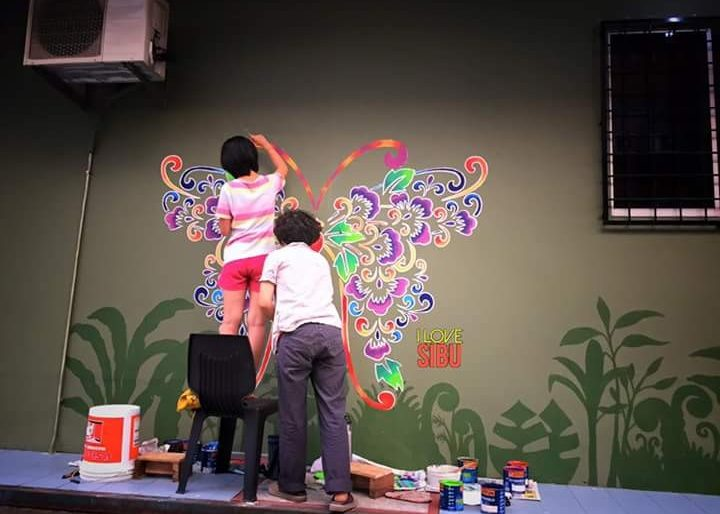 Sibu Street Art in the making