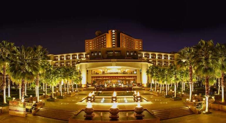 Kunming Zhongwei Green Lake Hotel