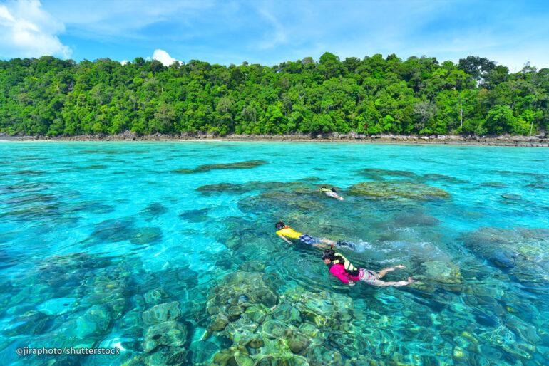 Snorkelling in Surin islands